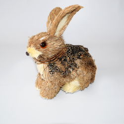 A-Zajac slama prikrčený